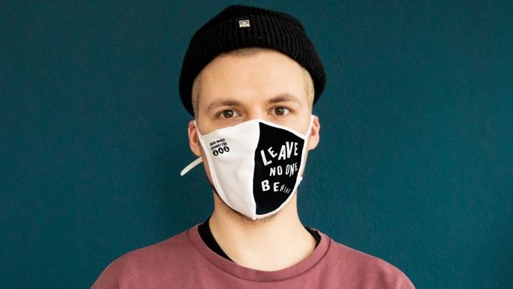 Goldeimer Masken - Leave No One Behind
